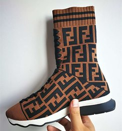 Wholesale Фирменные женщины Ткань Высокие верхние сапоги сапоги Дизайнерская леди резиновые единственные кроссовки Жаккардовый стрейч вязать спортивный стрейч носок Sneaker
