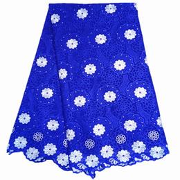 2019 темно-синие ткани цветы Африканские шнурки ткани высокое качество швейцарский вуаль кружева белый кружева ткань с камнями 5yards для свадьбы