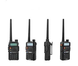 Batería de radio walkie talkie online-BaoFeng UV-5R UV5R Walkie Talkie Banda dual 136-174 Mhz 400-520 Mhz Transceptor de radio bidireccional BHF con 1800mAH auricular sin batería (BF-UV5R)