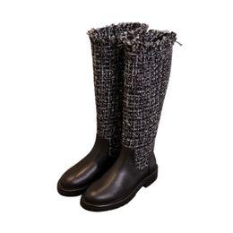 Nuove stivaletti lunghi in vera pelle per donna, in maglia di stoffa di lana patchwork, stivali da moto con punta arrotondata al ginocchio da stivali lunghi piatti in vera pelle fornitori