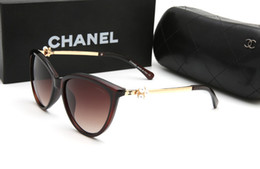 5cf440f572 2018 Fábrica al por mayor 9290 gafas de sol de las mujeres personalidad de  la moda marco cuadrado diseñador tonos UV protecton espejo gafas de sol