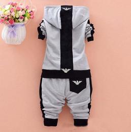 Nueva moda chaquetas chicos online-Trajes de recién nacidos de primavera Nueva Moda Bebé Niños Niñas Trajes de Marca Chaqueta Deportiva + Pantalones 2 unids / set Niños Chándales