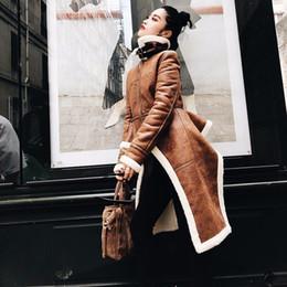 Roupa de mulher de couro on-line-Fleece Trench Coat Para As Mulheres Pu De Couro De Cintura Alta Babados Gola Irregular Casacos 2019 Moda Roupas Novas