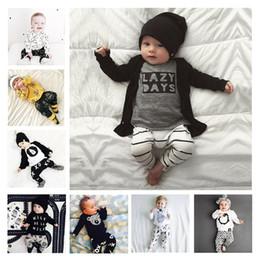 ropa de hip hop para niños al por mayor Rebajas Pijamas infantiles Conjuntos de ropa para bebés Conjunto de trajes de manga larga de primavera otoño invierno para niños Trajes de letras para niños pequeños Conjunto de ropa para bebés recién nacidos