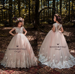 Wholesale Cheap Children Pageant Dresses - Boat Neck Flower Girls Dresses For Wedding Full Lace Pearl Pink Princess Party Children For Birthday Cheap Girl Pageant Gowns