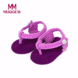 2019 rosas crochê MUQGEW Nova Moda Sapatos de Bebê Crib Crochet Casual Meninas Do Bebê Handmade Malha Sock Rosas Sapatos Infantis 15 rosas crochê barato