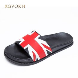 Wholesale Shoes Uk Man - XGVOKH 36-44 plus slippers England UK flag Men's Sandals basic Beach slippers slip on Lightweight casual flat Men shoes Summer