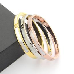 Weißgoldmanschettenarmband online-316L Titan Stahl Liebe Armreifen Armbänder für Frauen Männer drei Steine Armreif Rose Gold weiß Shell Manschette Armband