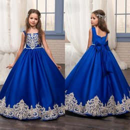 Wholesale Graduation Bow Ties - Cheap Blue Lace Appliqued Flower Girl Dresses For Weddings With Bow Tie Little Girls Pageant Dress Floor Length Satin Communion Gowns