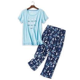 Милый мультфильм обрезанные брюки пижамы наборы женщин плюс размер sexy v-образным вырезом трикотажные хлопок мягкий простой синий домашняя одежда пижамы для женщин cheap blue sexy pyjamas от Поставщики синие сексуальные пижамы