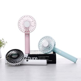 Wholesale new style fan - New Summer Rotate USB Fan Mini Handhold Ventilator Fashion Style Fans Charge Portable Cool Concise Hot Sale 29jl WW