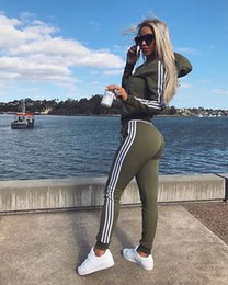 Sudadera mujer xl online-Nuevo 2018 2 Unids Mujeres Set Señoras Chándal Crop Tops Sudaderas Con Capucha Pantalones Conjuntos Dama Ocio Desgaste Traje Casual Más Tamaño Alta calidad