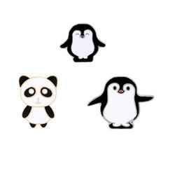 Canada Bande dessinée Panda Penguin Métal Broches Broches Pins Badge Mode Bijoux Business Suit Sacs À Main Accessoires Cadeau Offre