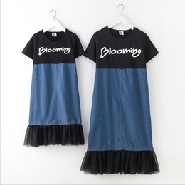 Wholesale Girl S Denim Dresses - Vieeoease Girls Dress Denim Lace Family Matching Outfits 2018 Summer Short Sleeve Print Dress for Mommy and Me EE-125