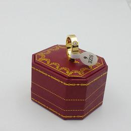 placas de amor Desconto 3 cores de aço Inoxidável Amor Anéis com Pedra de diamante Rosa de Ouro de Prata banhado a Ouro Anel de Ervas Daninhas para Mulheres e homens com caixa Original