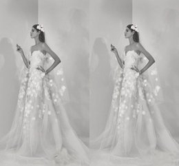 Wholesale Saab Wedding Dresses Sleeve - 2018 Newest Stylish Boho Elie Saab Wedding Dresses With 3D Handmade Flowers Sweertheart Tulle Beach Bridal Gowns A Line