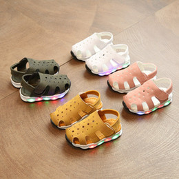 Wholesale Korean Baby Shoes - Hot Selling Summer Boys Girls Sandals Magic Stickers Beach Kids Shoes Korean Version LED Lights Anti Skid Baby Boy Shoes Toddler Shoes M104
