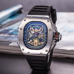 b09ef53f22c Hot Crânio Relógios À Prova D  Água de Luxo Relógios Pulseira de Silicone  Moda relógios de Pulso de Quartzo Mulheres de Negócios Oco Relógio Frete  Grátis ...