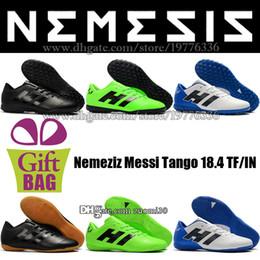 online store 65412 a72f3 Negro, blanco, azul y azul para hombre bajo zapatos de fútbol para  interiores Original Nemeziz Messi Tango 18.4 IN Botas de fútbol TF Turf  Tacos de fútbol ...