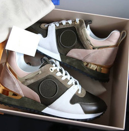 Wholesale m runner - NEW Designer sneakers Brand Woman Man Shoes Leather Mesh Mixed Color Trainer Runner Shoes Unisex Size US 4-11