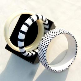 bracciali bieber Sconti Nuovo punteggiato Zebra Striped lucido acrilico Bracciale Set Bangle Set per donne ragazze Fahion Jewelry Gifts