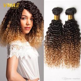 Kıvırcık Bakire Saç 3 adet 1B 4 27 Üç Ton Brezilyalı Ombre Kıvırcık Bakire Saç Işlenmemiş Kinky Kıvırcık Dalga İnsan Yeni Saç Stili nereden