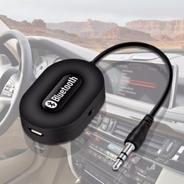 Alta calidad Mini 3.5mm Car A2DP Wireless Bluetooth Car Kit Adaptador de Audio AUX Audio Adaptador manos libres con Mic para desde fabricantes