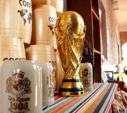 Deutschland Russische Weltmeisterschafts-Trophäe 2018 Modell goldenes in voller Größe 37cm Harz Kunsthandwerk der Meister Frankreich Fußball-Trophäe Fan Souvenir Dekoration supplier souvenir cups Versorgung