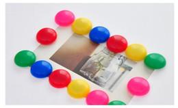 Adesivi magnetici magnetici online-Magnete creativo multifunzione frigorifero magnetico adesivo magnetico magnete lavagna pasta 3cm