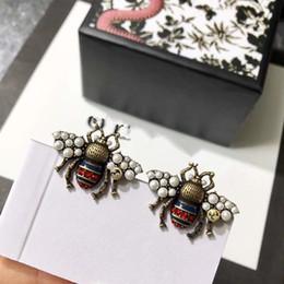 vintage gold perle ohrringe Rabatt Mode Marke Schmuck Perle Flügel Bee Ohrstecker Perle Ohrstecker Messing Vintage Hohe Qualität