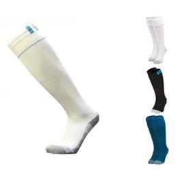 Wholesale wholesale kids soccer socks - Kids Adult Soccer Socks Real Madrid 2017 2018 Season Knee High Thicken Towel Bottom Home Away Sports Socks Football Stockings for Men Boy