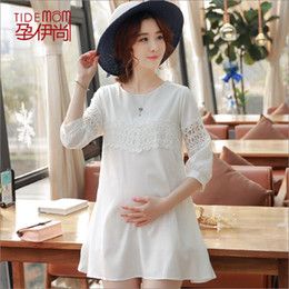 Tops brancos de maternidade on-line-Oco Out Recorte Uma Linha Branca Camisas de Maternidade Chiffon Moda Verão Encabeça Roupas para Mulheres Grávidas Gravidez Desgaste