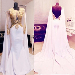 Wholesale women white pageant gowns - Arabic Kftan Gold Beaded Appliques Prom Dresses 2018 Long Sleeve With Cape Backless Women Formal Evening Gowns Mermaid Satin Pageant Wear