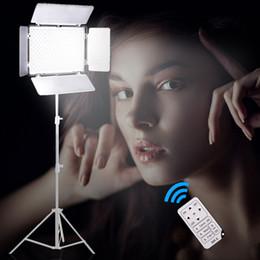 Ladegerät np online-Großhandel TL-600 LED-Videoleuchte auf Kamera Licht einstellbar Farbtemperatur + NP-F550 Batterie + Ladegerät + Fernbedienung