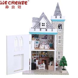 2019 giocattoli di luna Casa delle bambole Giocattoli per ragazza Casa delle bambole di casa fai da te Con le luci di mobili Castello di luna di luna Decorazioni di compleanno Giocattoli per i bambini sconti giocattoli di luna