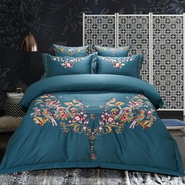 Wholesale Red Wedding Bedding Set - Red Green Egyptian Cotton Luxury Royal Wedding Bedding set Oriental Embroidered Duvet Cover Double King Queen size Bed Sheet set