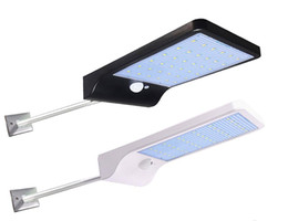 Canada Éclairage extérieur solaire de réverbère de capteur de mouvement de PIR 36 Éclairage solaire de porte de lampe de mur de chemin de fer de porte de lampe de charge solaire de LED Offre