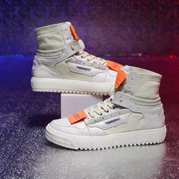Fabrik Direktverkauf heiße Verkäufe CS001 Herbst Winter hohe Schuhe Mens Lederstiefel 2018 neue Mode flachem Boden schweren Leder Martin Stiefel von Fabrikanten