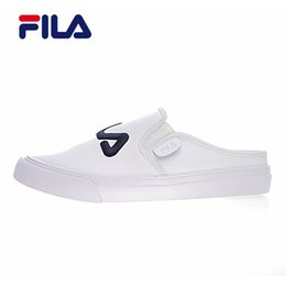 Wholesale striped shoes women - 2018 fila Classic kicks mule half slippers White black dark blue red men and women outdoor shoes size 36-44