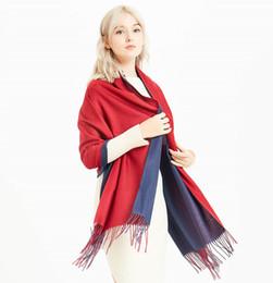 sciarpa pashmina colore solido Sconti Nuovo modo di arrivo Autunno Inverno 100% cotone Sciarpa pianura Scialli Nuovo designer Tassel Warps Lusso solido doppio colore Sciarpe per le donne