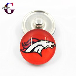 Wholesale copper clasps jewelry making - 20pcs lot Sport Football Team Glass Snap Buttons Fit 18mm DIY Snap Bracelet Necklace Pendant Jewelry Making
