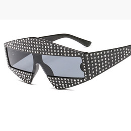 Wholesale Brand Catwalk - Catwalk Shows Square G Sunglasses 400 Piece Shiny Rhinestone Frame Men Women Brand Glasses Designer Fashion Shades L163