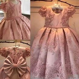 elegantes vestidos de perlas de color rosa Rebajas Vestidos lujosos de la florista del vestido de bola 2018 Perlas rosadas para las ocasiones formales Vestidos del desfile de la muchacha Vestidos elegantes de la muchacha