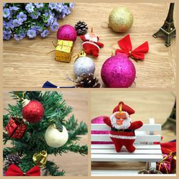 2019 set di sfera di albero di natale Ornamenti di Natale infrangibili Set con pigne di bowknots Pendenti di palline decorative albero di Natale di Christams per albero di Natale set di sfera di albero di natale economici