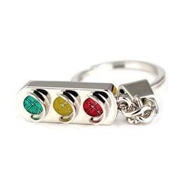 оптовый трафик Скидка СВЕТОФОР ключницы красные и зеленые огни брелок автомобиля ключевых цепей подарки для мужчин-женщин оптового