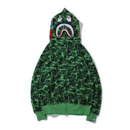 Sudadera verde con capucha para mujer online-Otoño Invierno Nuevo Adolescente Verde Camou Shark Head Print Fleece Cremallera Hoodies Suéter Hombres Mujeres Suelta Chaqueta Casual