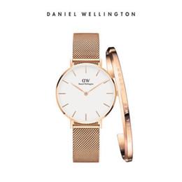 Roségold armband für frauen online-New Daniel Uhr weiblich 32mm Edelstahl Armband Roségold Quarzuhren Damenmode Armband mit Box Montre