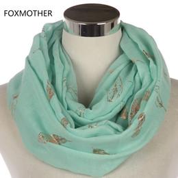 FOXMOTHER Donna New Fall Design Moda Menta Rosa Grigio Brillante Foil Oro Feather Snood Infinity Sciarpe Donna supplier pink infinity scarfs da sciarpe infinite rosa fornitori