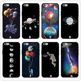 fundas para celular iphone 5s Rebajas Out Space Moon Funda de silicona TPU suave para Iphone X 8 7 Plus 6 6s SE 5 5S Earth Sun Star Astronaut Gel Negro Cubierta de la piel del teléfono celular