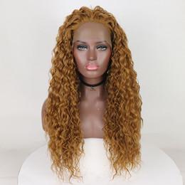 Argentina Belleza de la fantasía de onda de agua larga Rizado Miel rubia de fibra de seguridad de calor del cabello del frente del cordón de la peluca Glueless peluca llena para las mujeres de moda Suministro